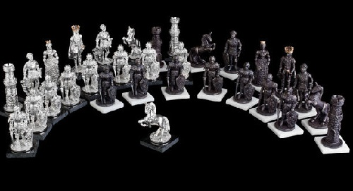 Precious chess by Siberian jeweler Ruslan Tymoshchuk
