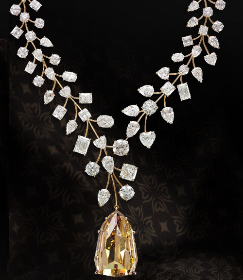 Guinness Records L'Incomparable Diamond Necklace