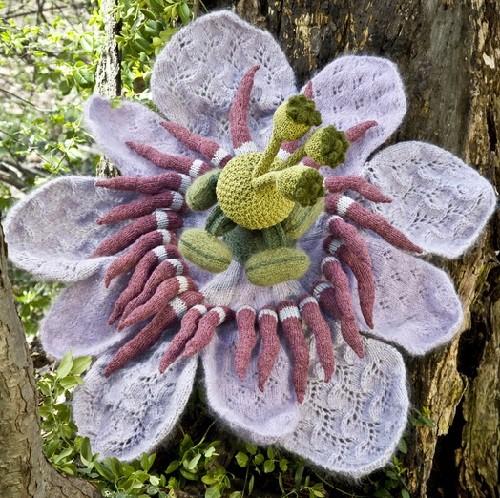 Realistic flowers knitted by Tatyana Yanishevsky