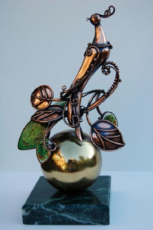 Steampunk sculpture by Alisa Didkovskaya-Petrosyuk