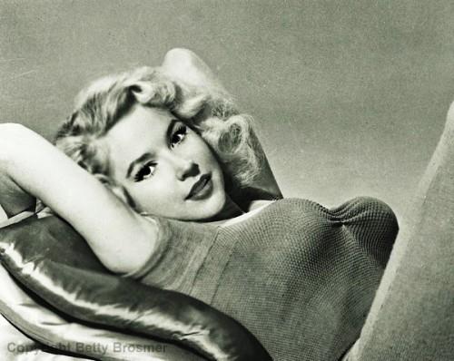 Beauty queen of 1950s Betty Brosmer