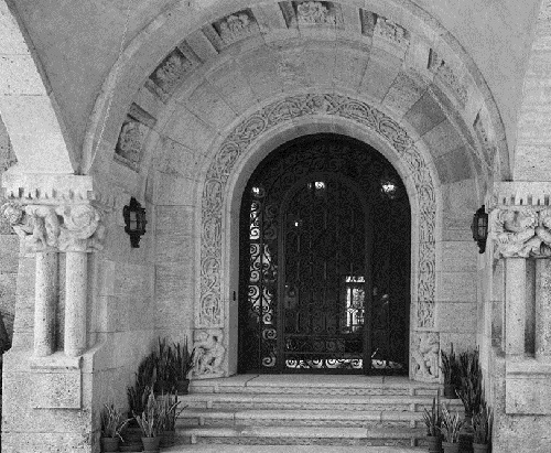 Beauty collector Marjorie Merriweather Post. Main Entrance