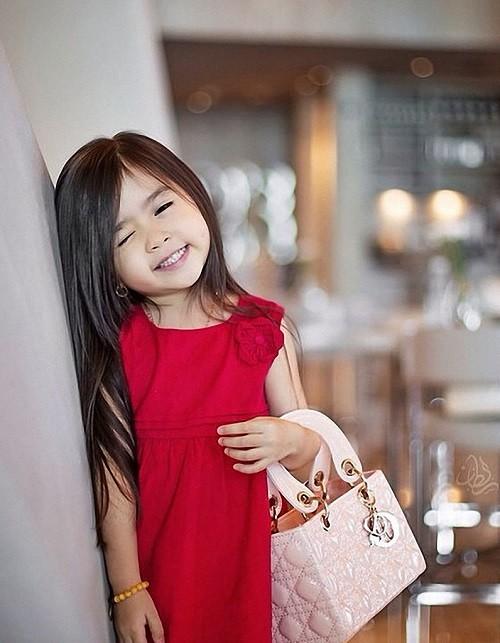 Internet star 5-year-old girl Breanna Youn