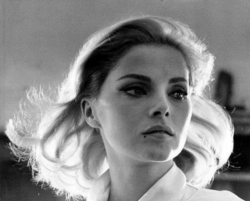 Stunningly beautiful Italian actress Virna Lisi