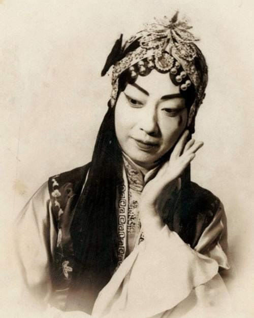 Hereditary performer of female roles Mei Lan Fang