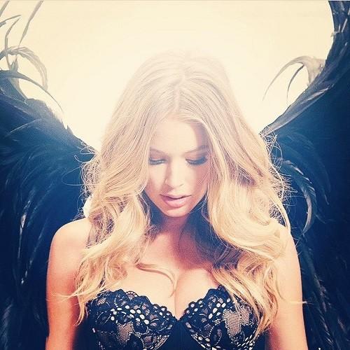 Beautiful Angel Doutzen Kroes
