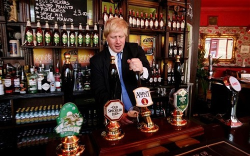 Boris Johnson, Mayor of London. Visiting English pubs