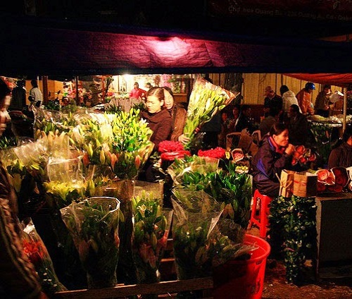 Saigon Flower Market before sunset