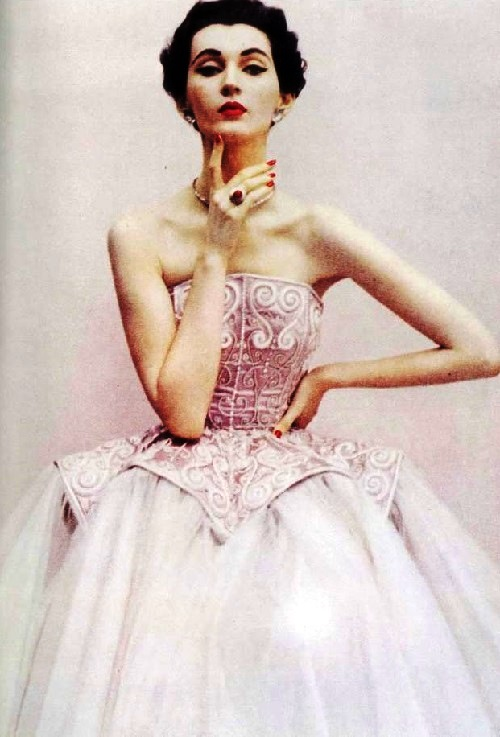 Vintage Beauty icon Dovima. Dorothy Virginia Margaret Juba (December 11, 1927 – May 3, 1990)