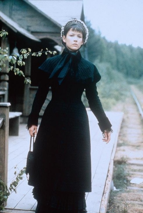 Sophie Marceau as Anna Karenina, in the eponymous film of 1997, US, directed by Bernard Rose