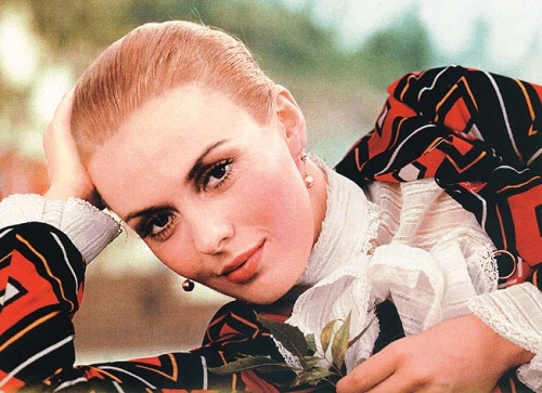 Beautiful American actress Jean Seberg