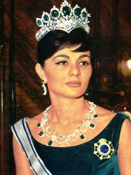 Beautiful Empress Farah Pahlavi