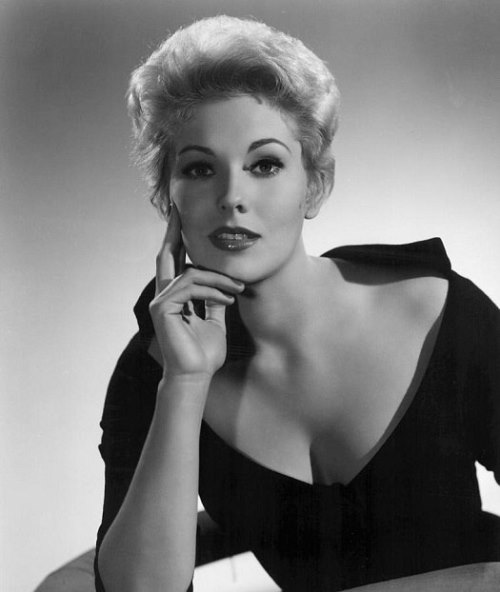 Hollywood actress Kim Novak