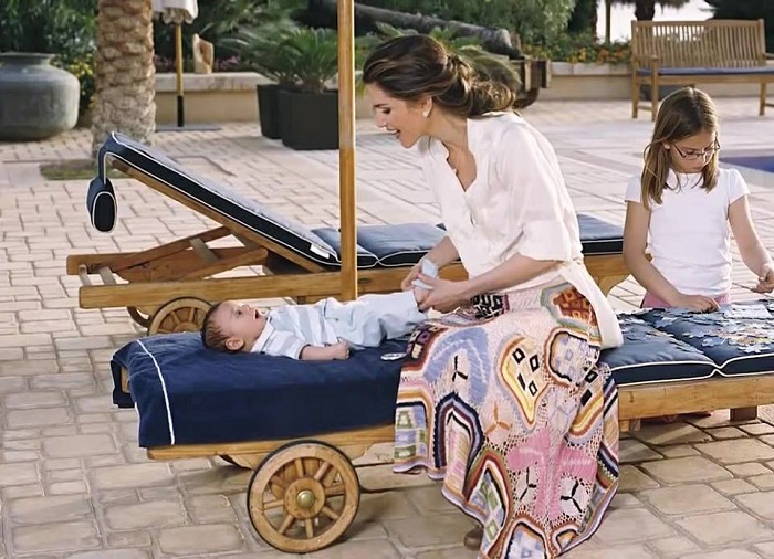Queen Rania with Princess Iman and her baby Prince Hashim