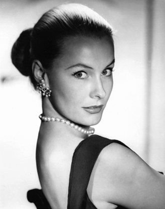 Dina Merrill, Nedenia Marjorie Hutton (09 December 1923 - 22 May 2017), American actress