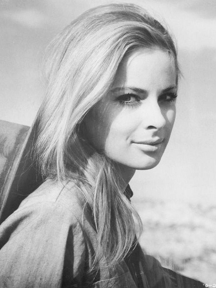 Gorgeous Camilla Sparv
