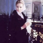 Unique actress Camilla Sparv