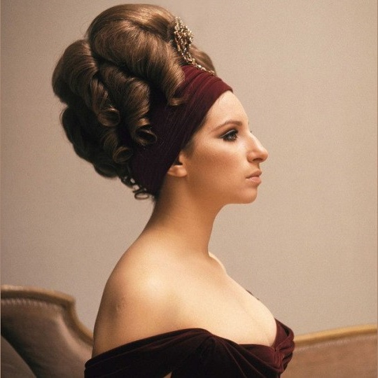 Barbra Streisand breaking beauty stereotypes
