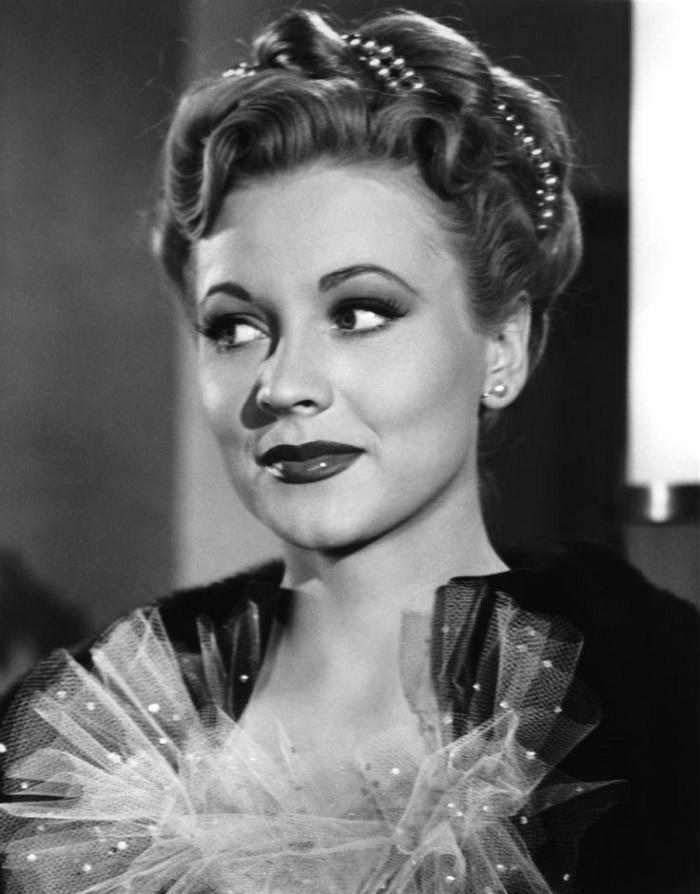1940s movie star Anne Jeffreys