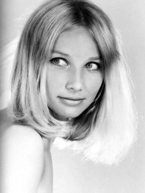 1960s actress Pola Raksa