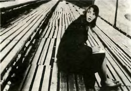 1967 Bulgarian film 'The Deviation'. Neda – Nevena Kokanova, (December 12, 1938 – June 3, 2000)