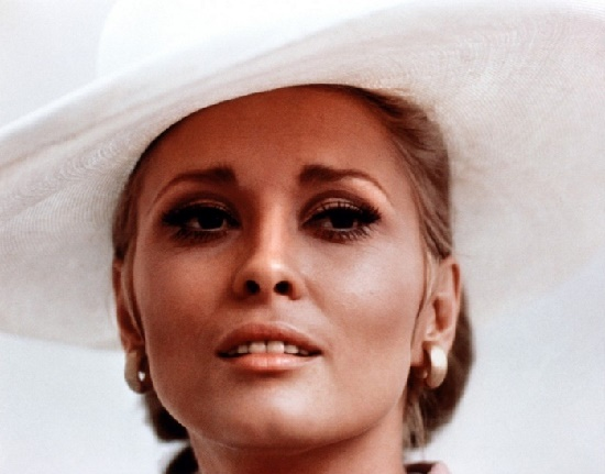 1970s Hollywood brightest star Faye Dunaway