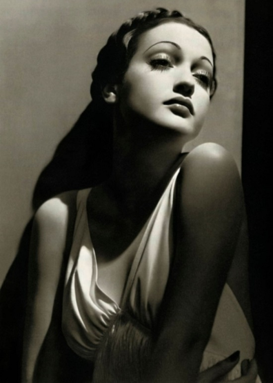 A performer of the roles of exotic beauties Dorothy Lamour