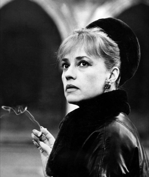 A star, a woman, and a national figure, Jeanne Moreau