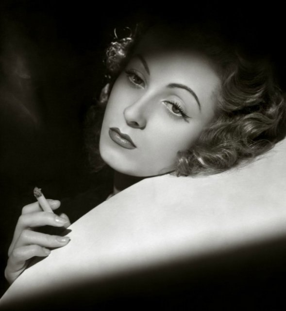 Actress Danielle Darrieux