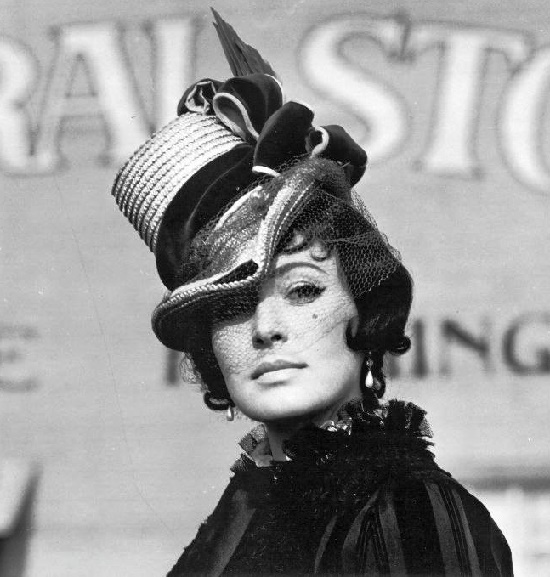 Beautiful Czech actress Kveta Fialova (1 September 1929 - 26 September 2017)