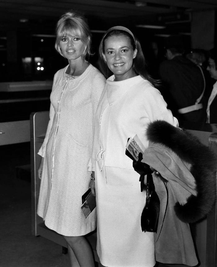 Brigitte Bardot and Jeanne Moreau