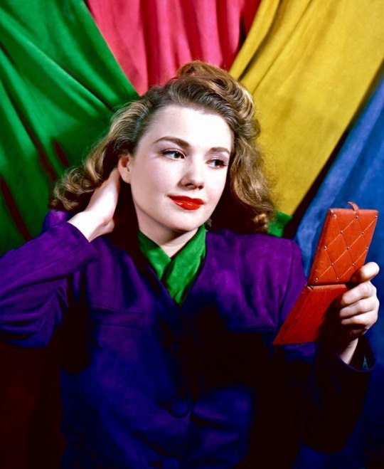 Color photo, American actress Anne Baxter (1945)