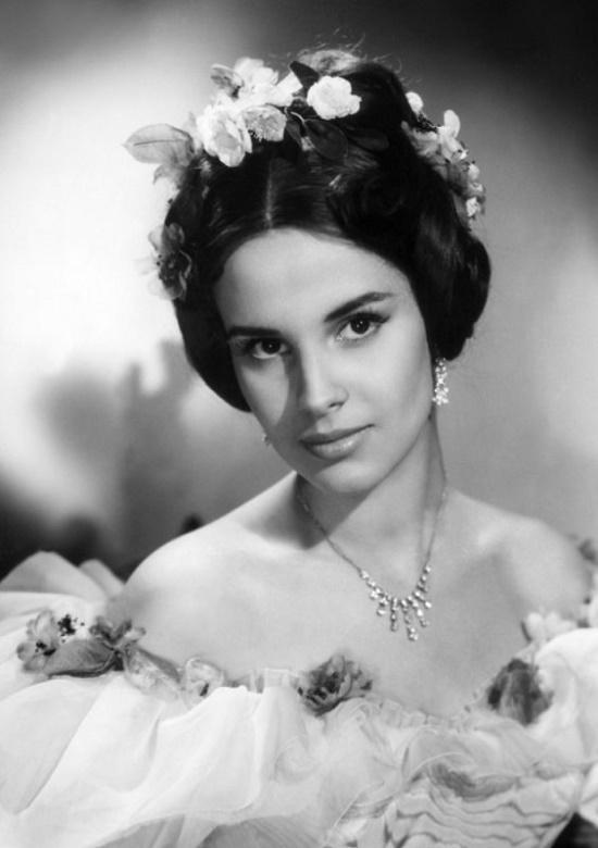 Divinely beautiful Antonella Lualdi