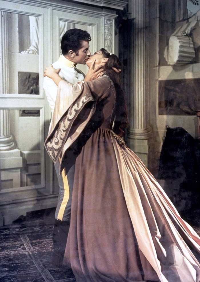 Farley Granger and Alida Valli in Senso directed by Luchino Visconti, 1954