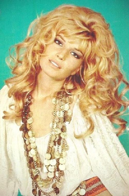 Fashion model and actress Monica Vitti, 1977