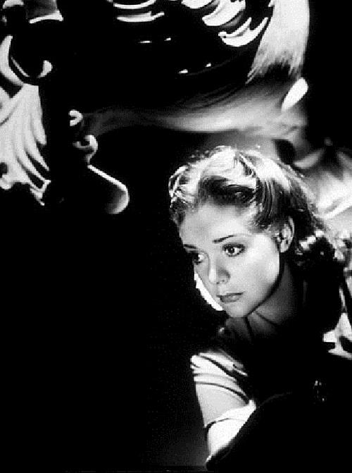 Film actress Alice Faye