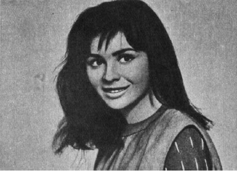 Gorgeous Czechoslovakian actress Emilia Vasharyova