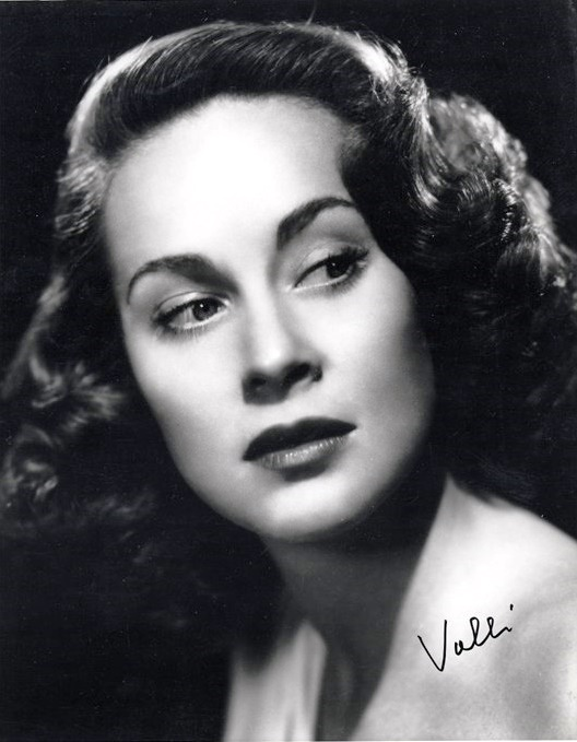 Gorgeous actress Alida Valli