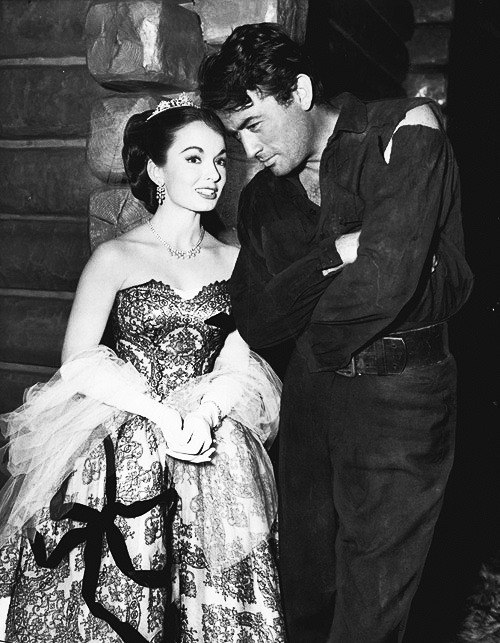 Gregory Peck and Ann Blyth on the set of The World In His Arms (1952)