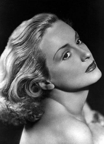 Icon of beauty Camilla Martha Horn