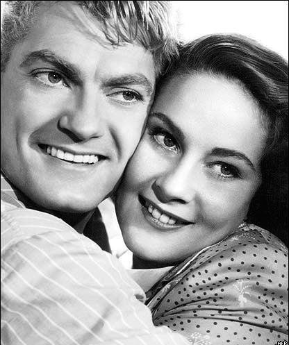 Jean Marais and Alida Valli in the film 'Miracles happen once' (1951)