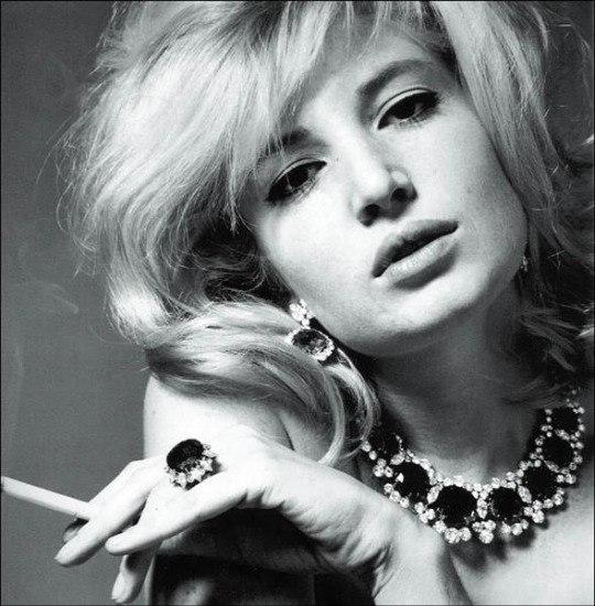 Jewelry lover Monica Vitti