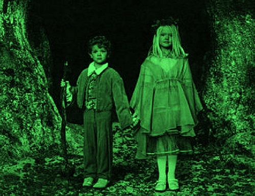 Mysterious Green Children – Symbolic Green color in British folklore