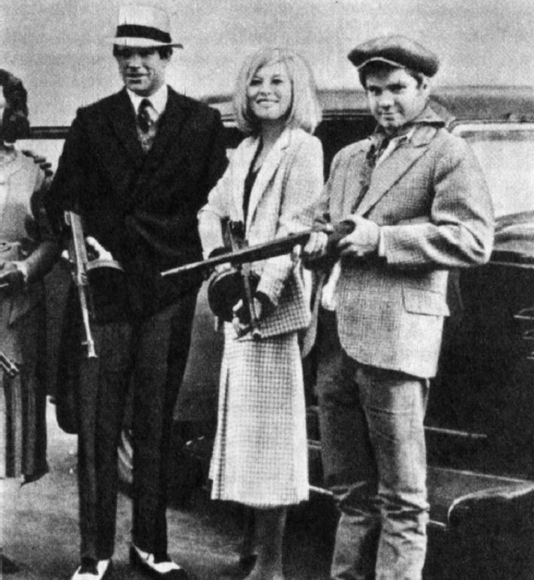 On the set of Bonnie and Clyde (1967)