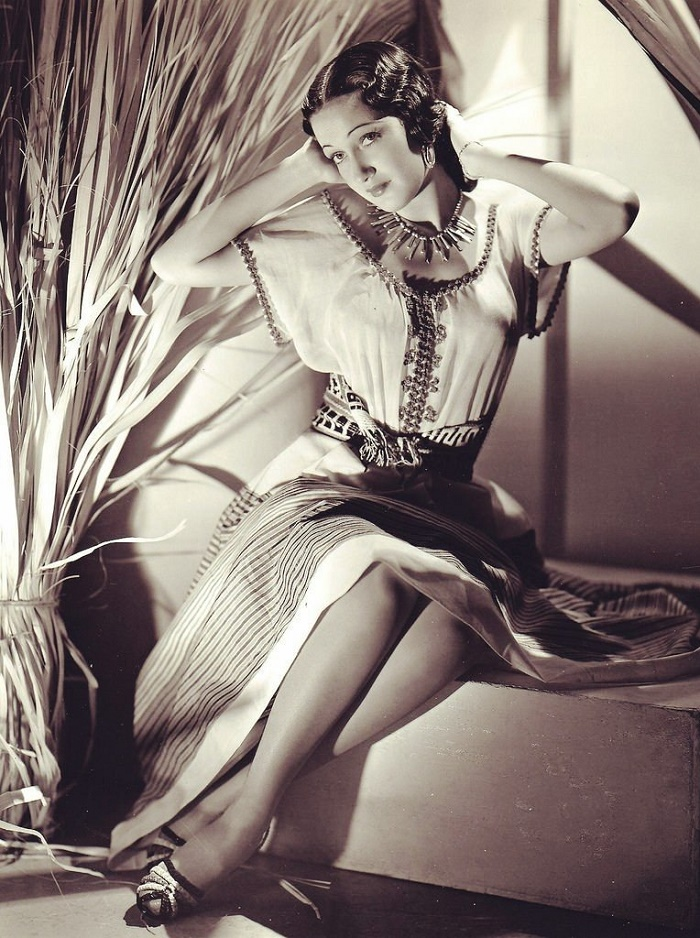 Photographed in 1938 Dorothy Lamour