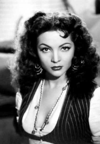 Popular in 1940-1950s beautiful actress Sara Montiel
