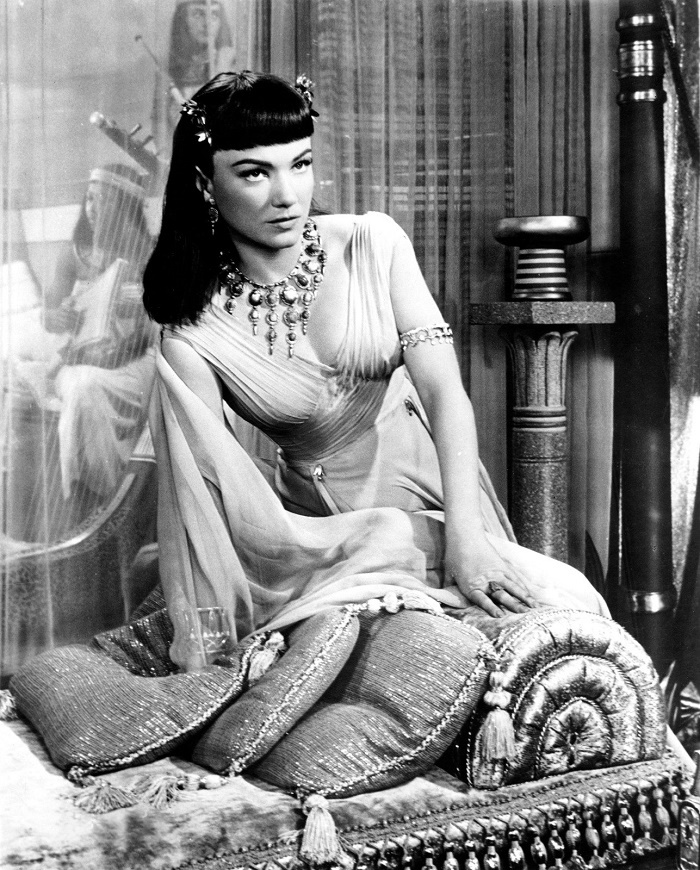 Queen Nefretiri of Egypt, 'The Ten Commandments' (1956)