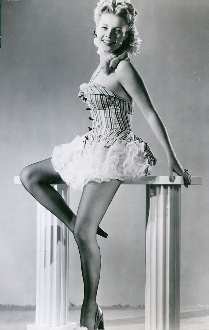 Singer and actress Anne Jeffreys