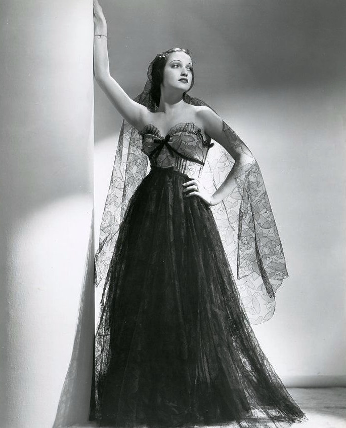 Vintage beauty Dorothy Lamour