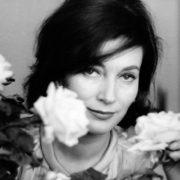White roses for Valentina Cortese